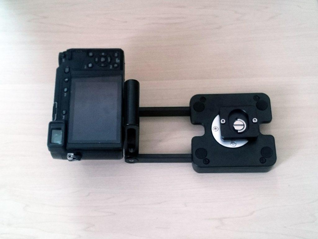 俯瞰撮影アタッチメント単体にデジタルカメラをセット