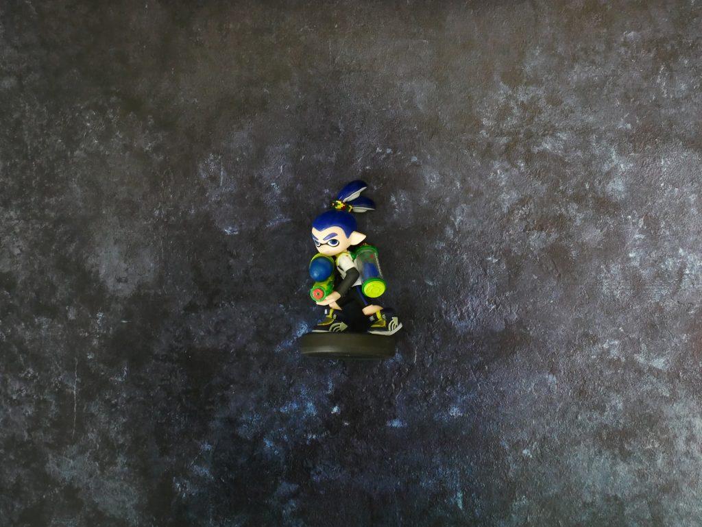 深い藍色の石材 #013でSplatoonのアミーボをブツ撮り