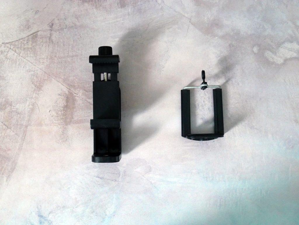 100均のスマートフォンホルダーとZacroスマートフォンホルダーの比較画像