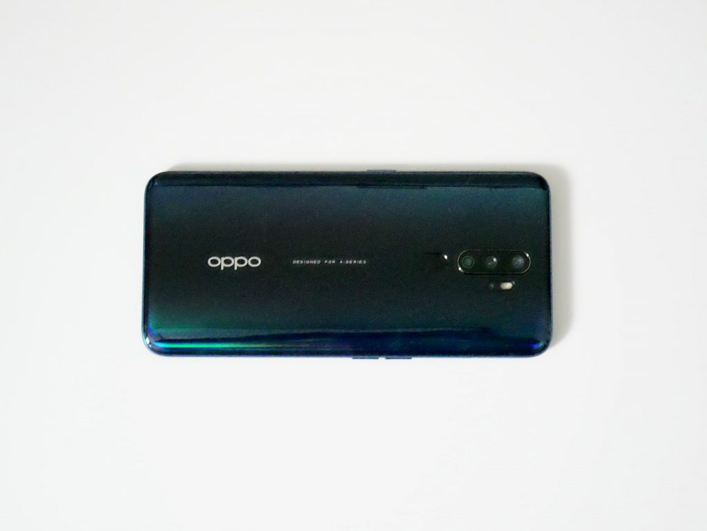 OPPO A5 2020 背面横置き