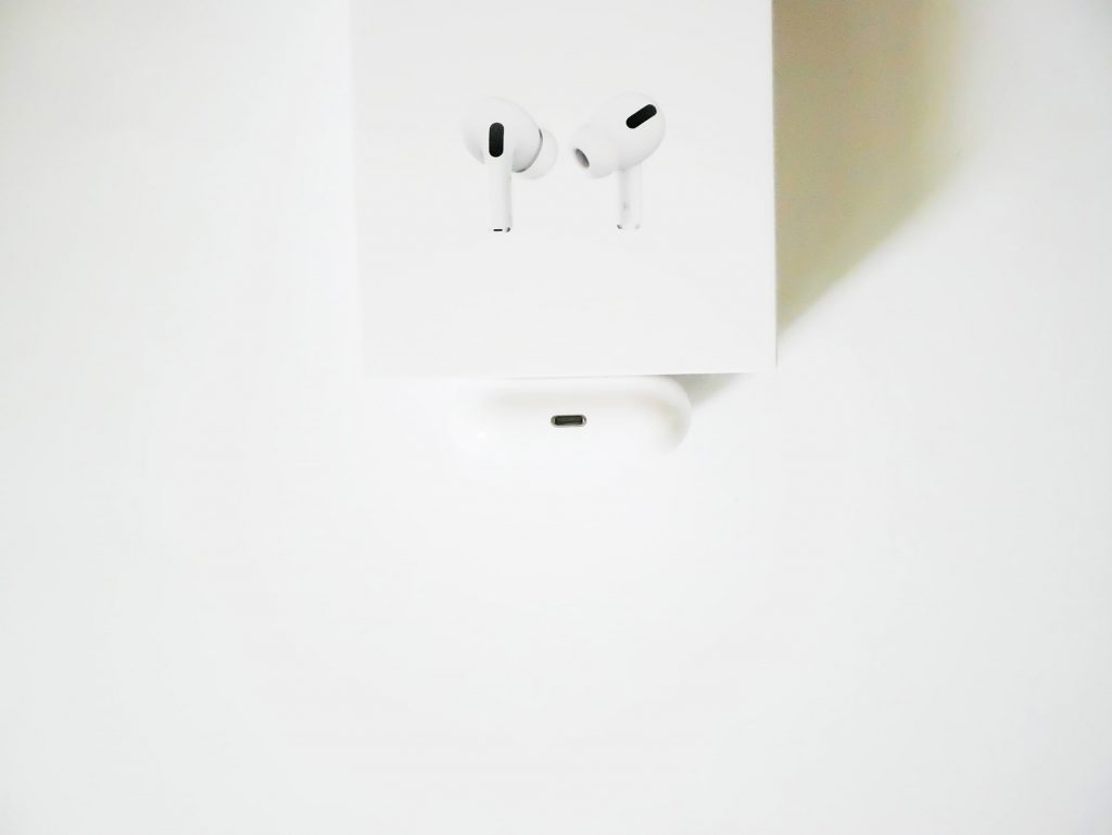 AirPods Proケース端子