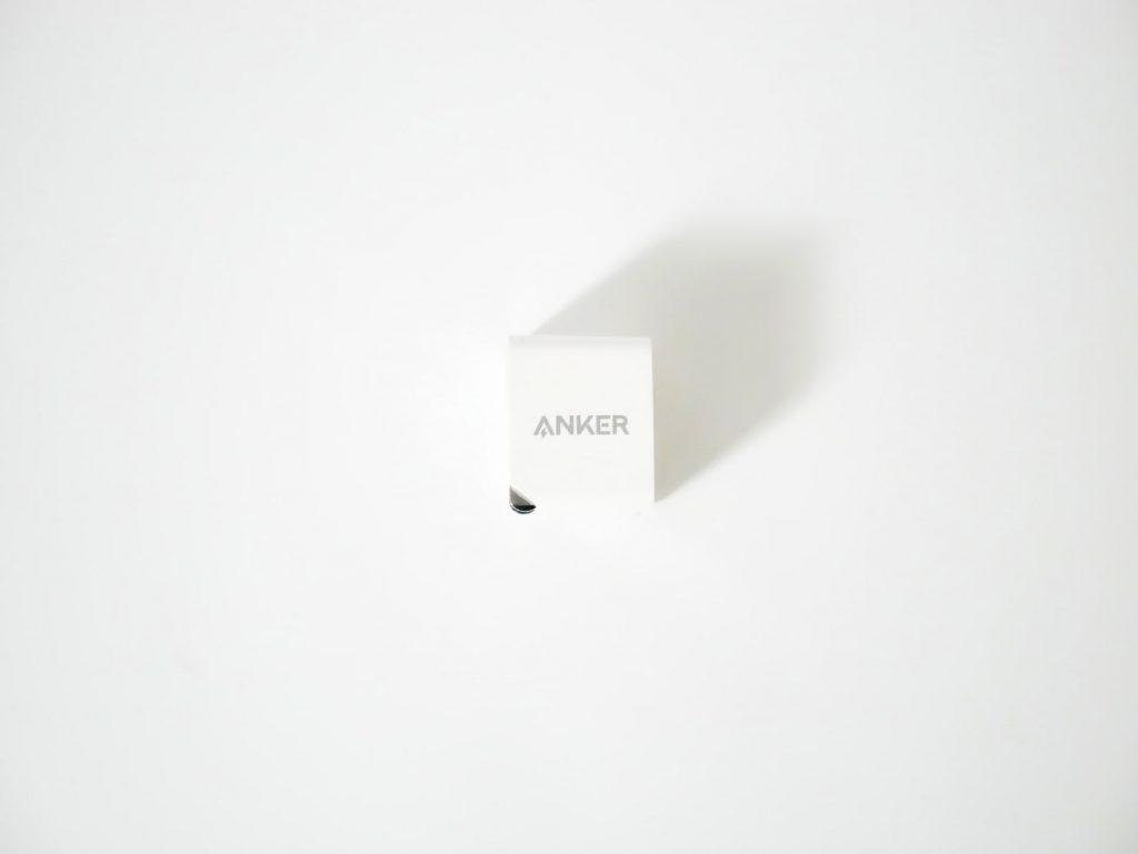 Anker PowerPort miniのプラグを折りたたんだ状態