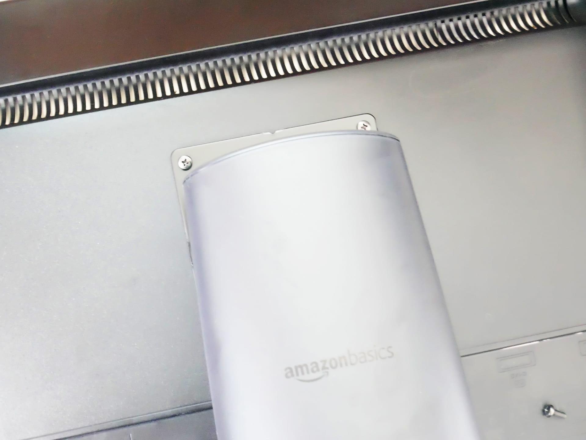 Amazonベーシック LCDモニタースタンドをモニタに取り付け