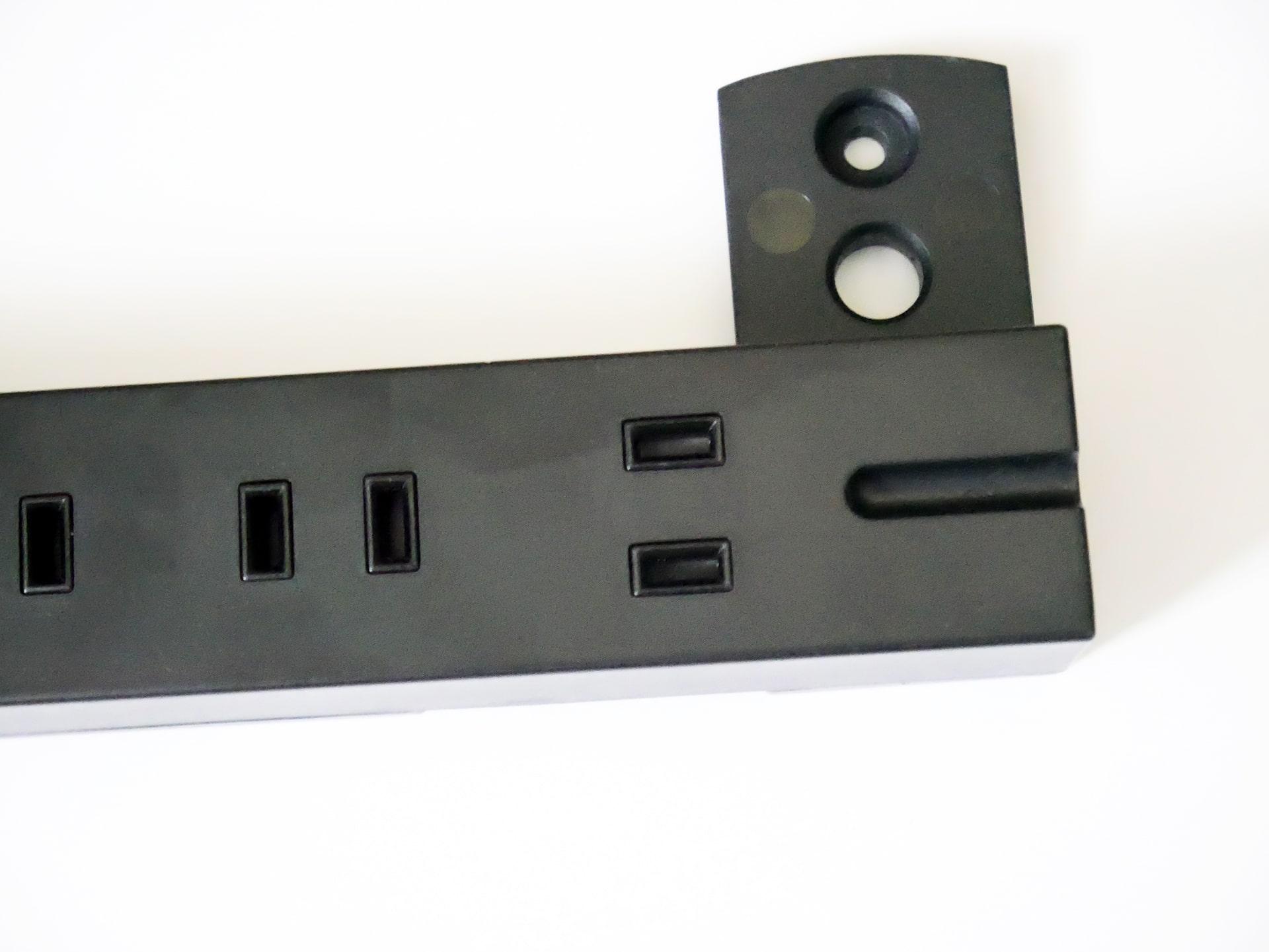 エレコム「T-KF01-2630BK」ほこり防止シャッター