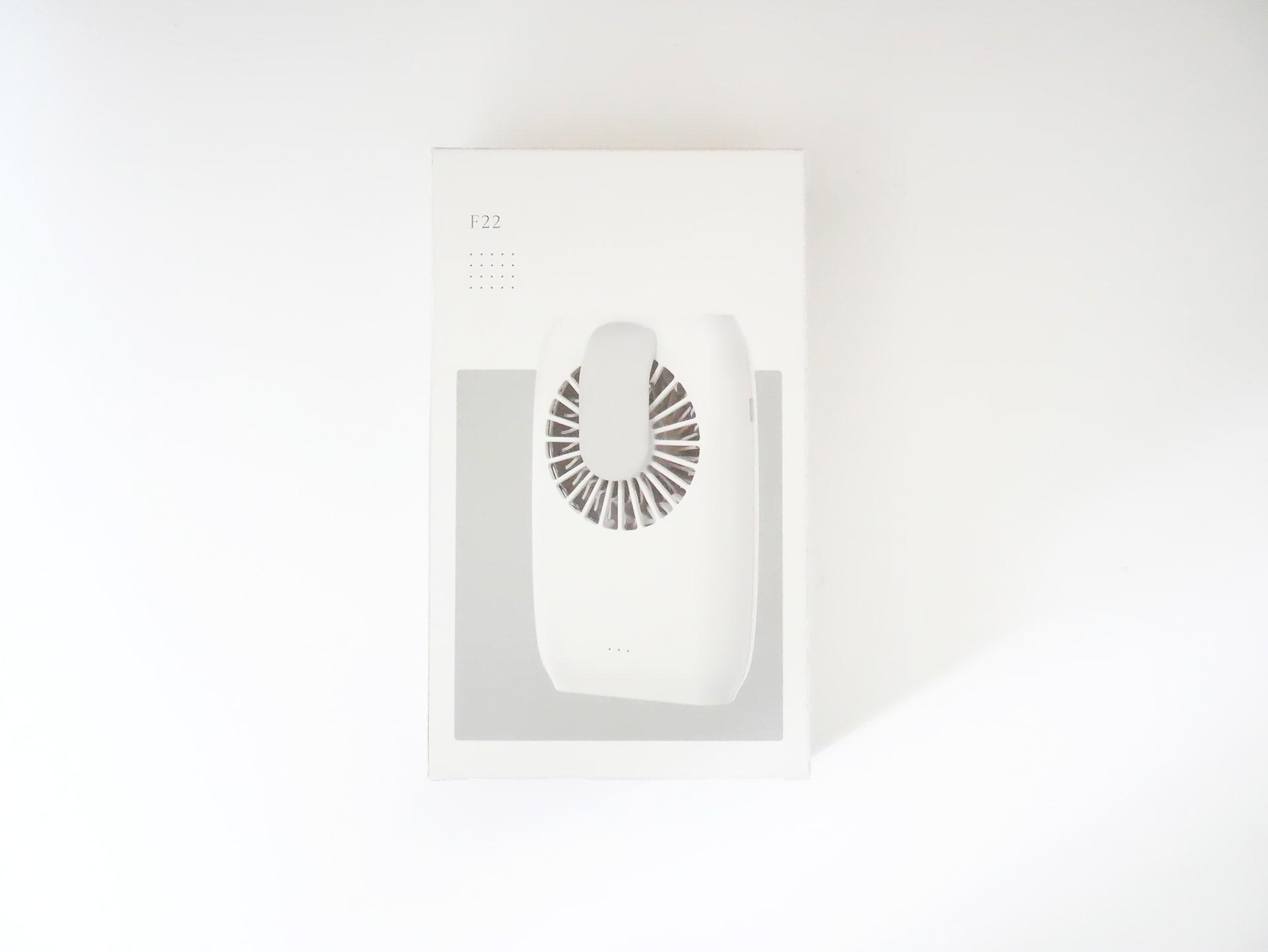 携帯扇風機 F22 外箱