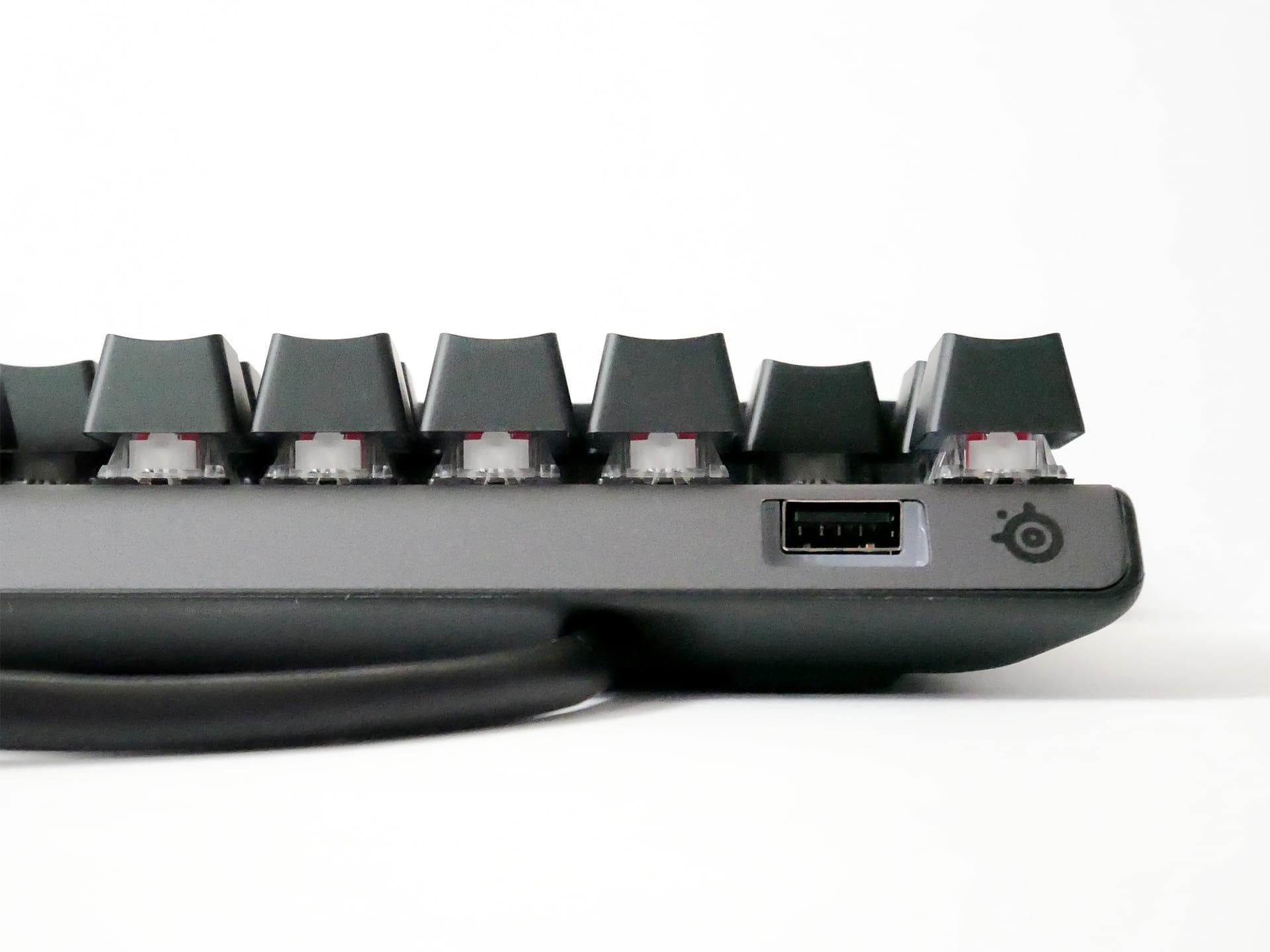 Apex Pro TKL JP USBパススルーポート