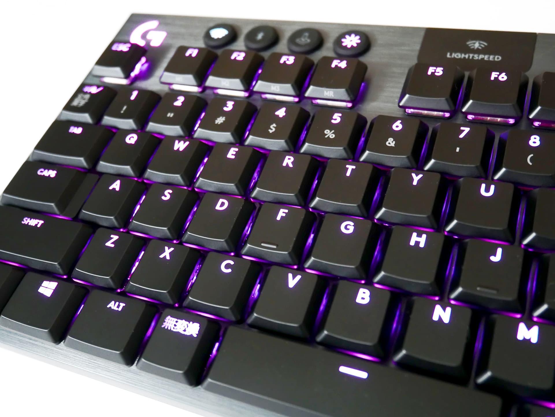 G913 TKL 薄型のキー