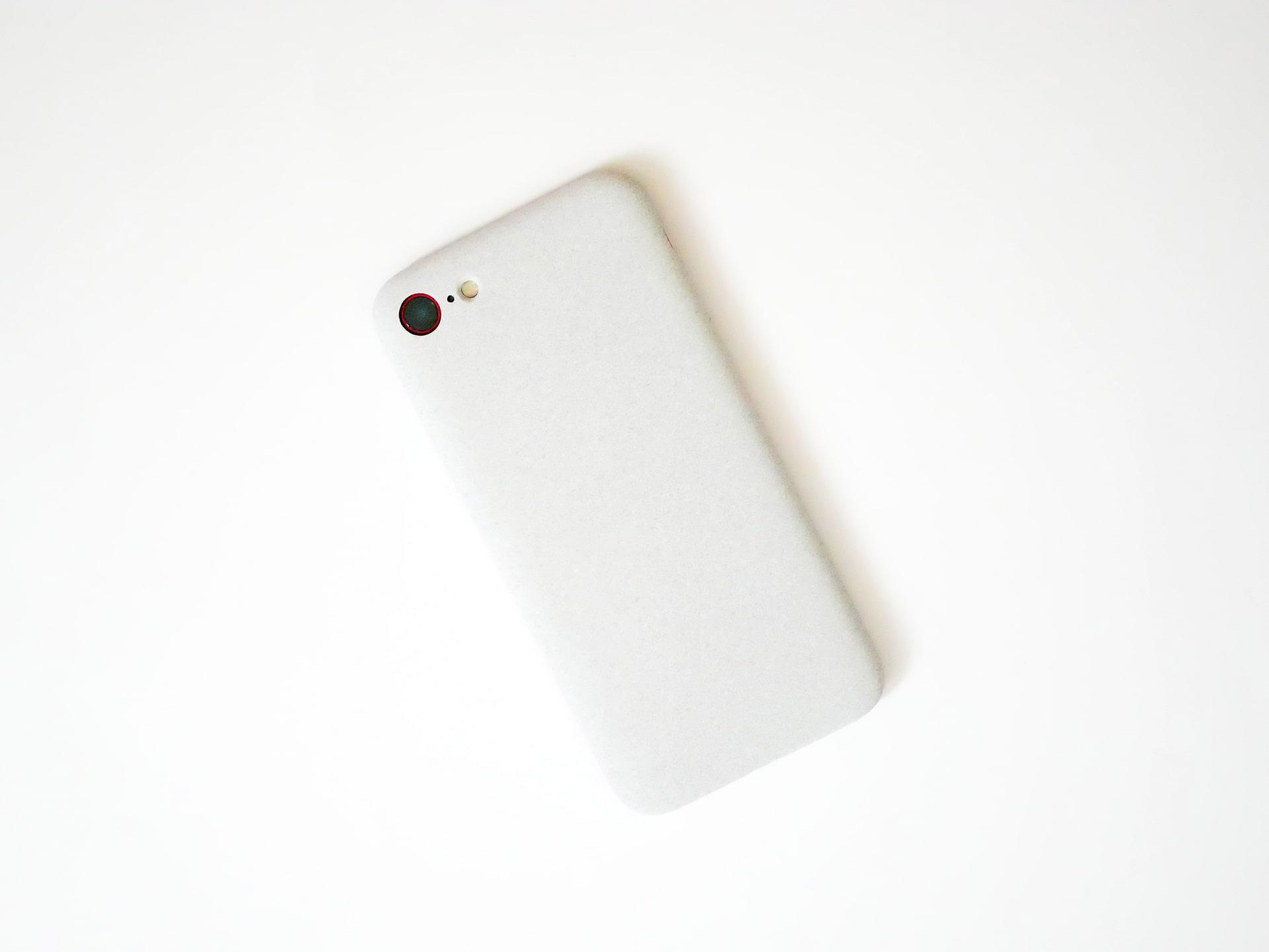 MYNUS iPhone SE CASE サンドグレー