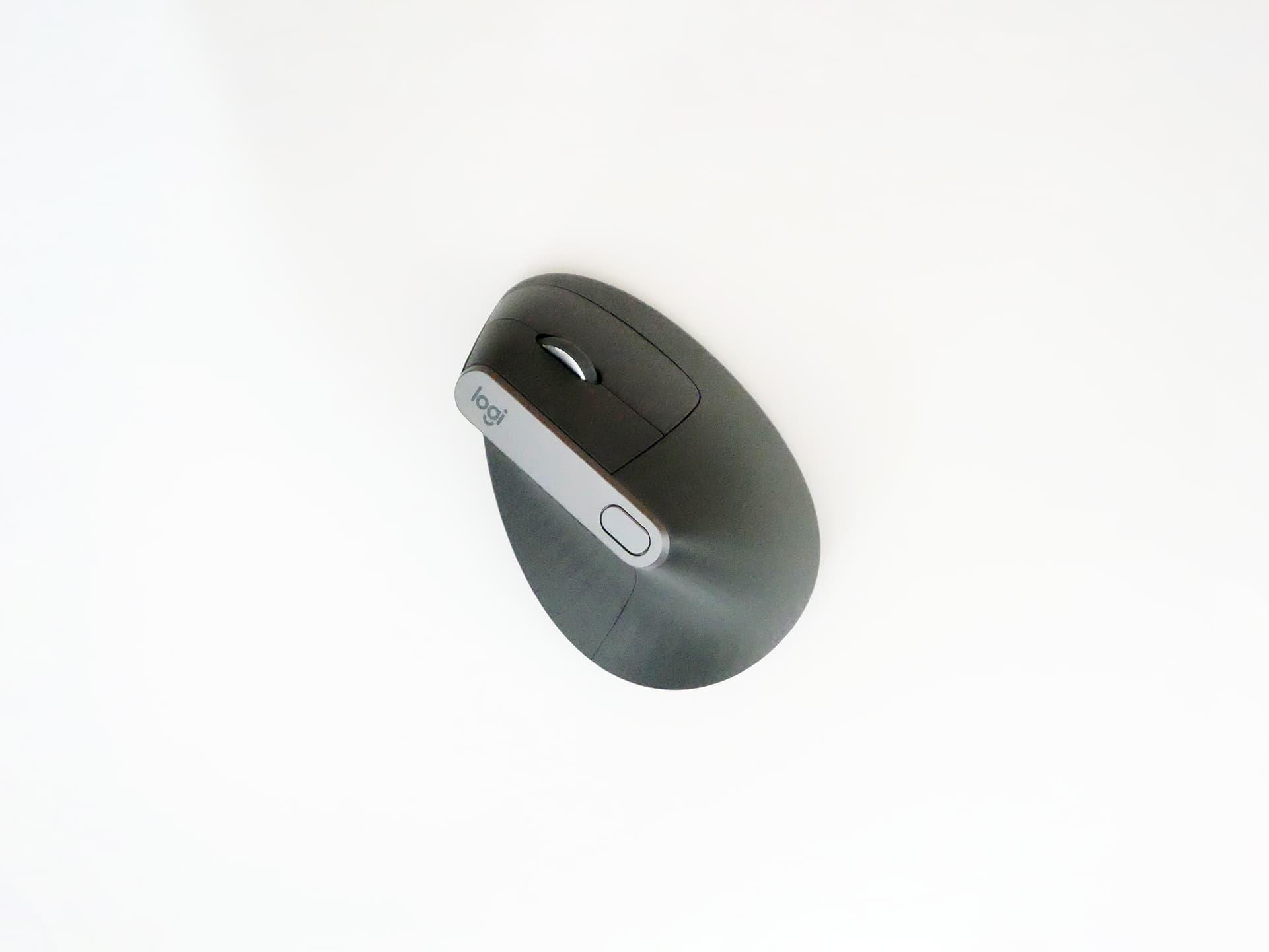 握手のように握る形の縦型マウス Logicool MX Vertical - Fudangear