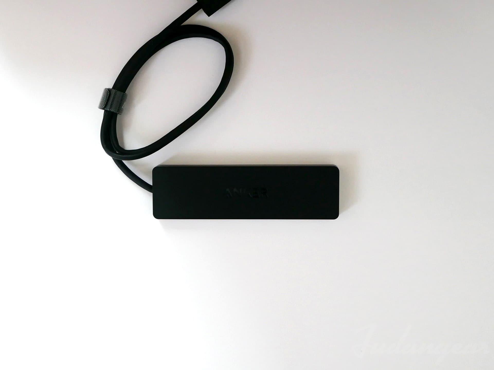 Anker「 Anker 4-Port Ultra-Slim USB 3.0 Hub(60cm ケーブル)」外観