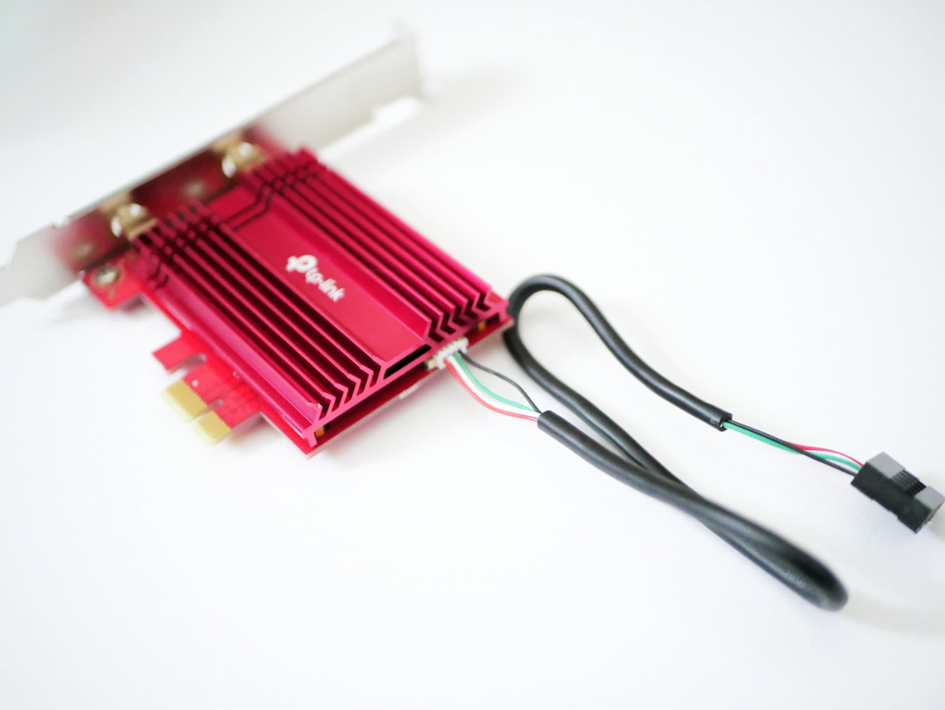 Archer TX3000E アダプターにUSBケーブルを接続