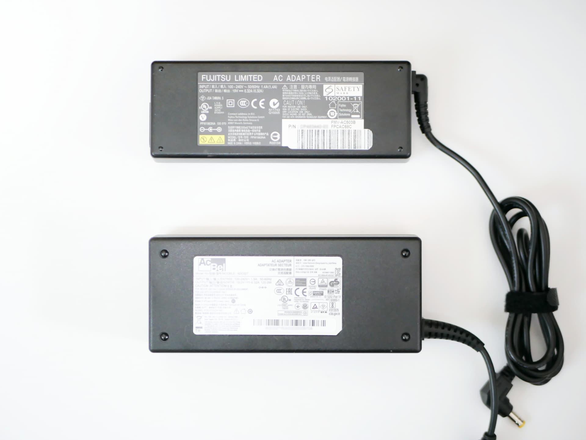 FMV-AC503BとDeskMini純正ACアダプター