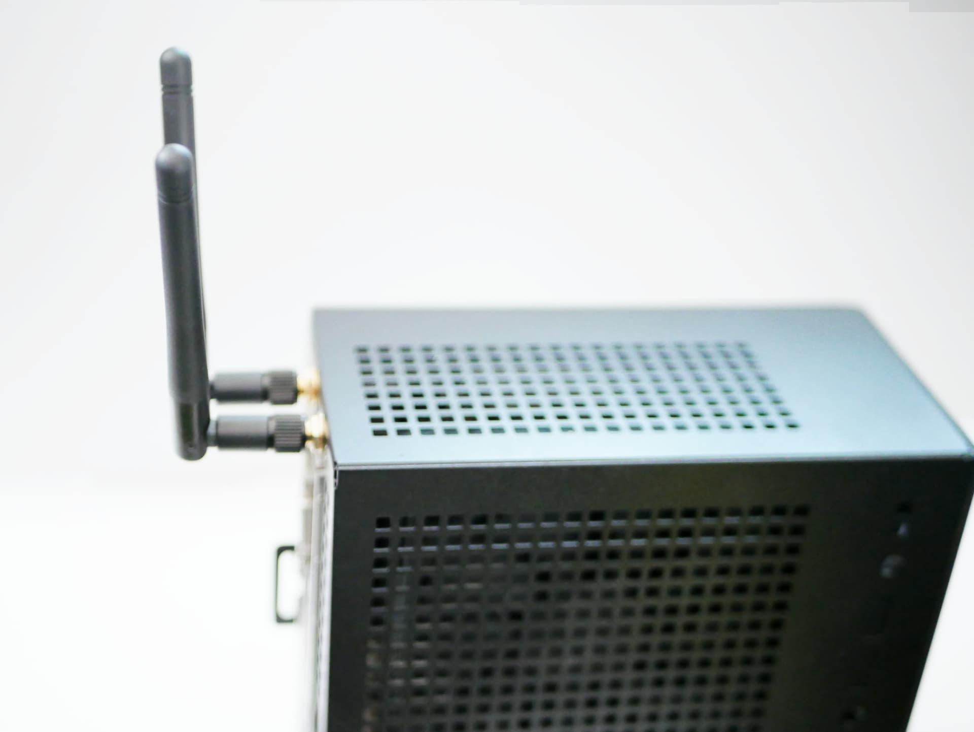 DeskMini WiFiアンテナ